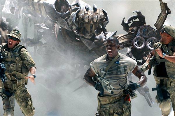 Des gentils militaires et des méchants robots